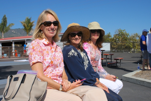 Moms supporting Laguna Blanca Tennis 2014